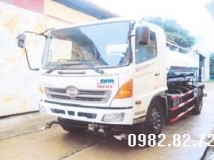Xe tải Hino FG Phun nước rửa đường